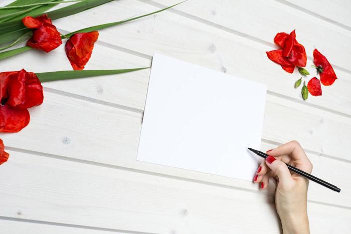 زنانگی مثل نویسندگی است